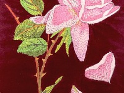 Rose with Petals Free Embroidery Design
